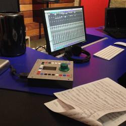 DB Mastering Desk